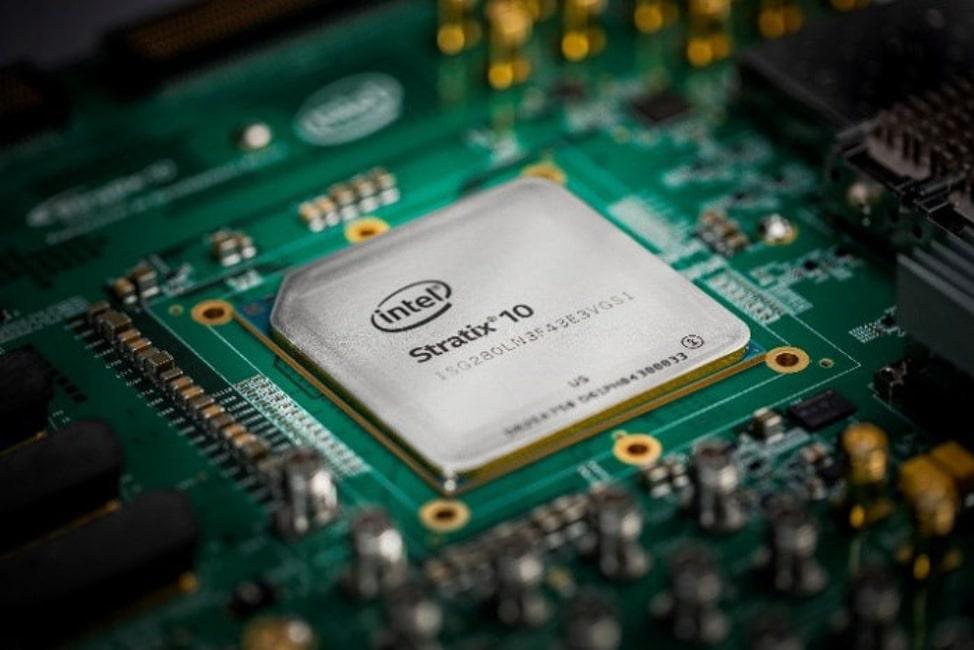 FPGA-Чип Intel Strarix 10